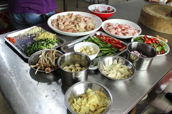青岛海鲜厨师高清图片